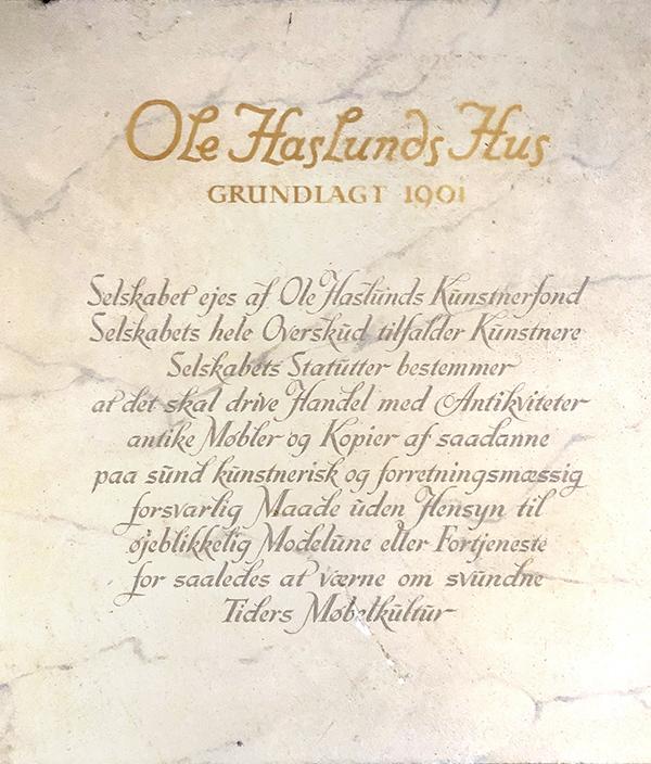 Plakette i Ole Haslunds Hus